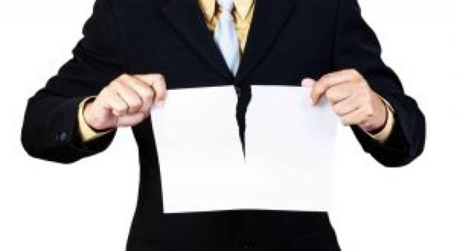Приказ об отмене предыдущего приказа на отпуск или при увольнении сотрудника, а также в других случаях: образец