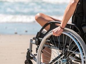 Дополнительный отпуск инвалидам и дни к нему: положен ли он работающим и является ли он оплачиваемым, а также как идет начисление льгот в зависимости от группы