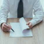 Трудовой договор с генеральным директором или заместителем генерального директора ООО: типовой образец, а так же как он составлен и кто его подписывает