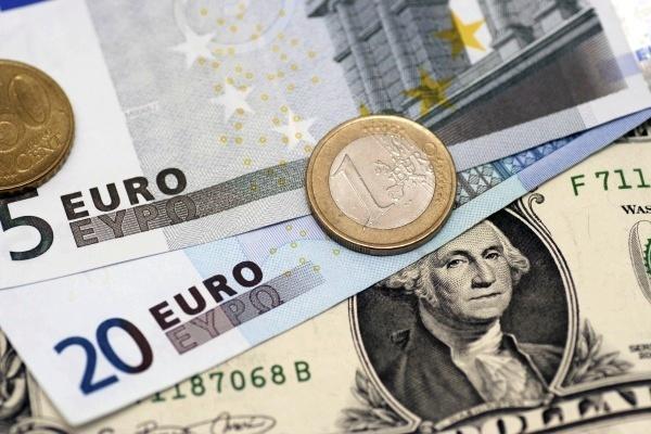 Выручка от покупателя поступила на расчетный счет или в кассу: как ее оформить, если оплата за товары была валютной, какие проводки используют для этой операции?