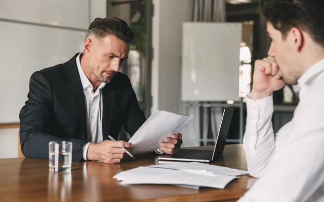Как написать рекомендательное письмо работнику? Образец заполнения, а также, советы для грамотного составления рекомендации с соблюдением правил написания резюме
