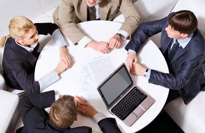 Как по закону проходит процесс оформления увольнения генерального директора ООО по собственному желанию?