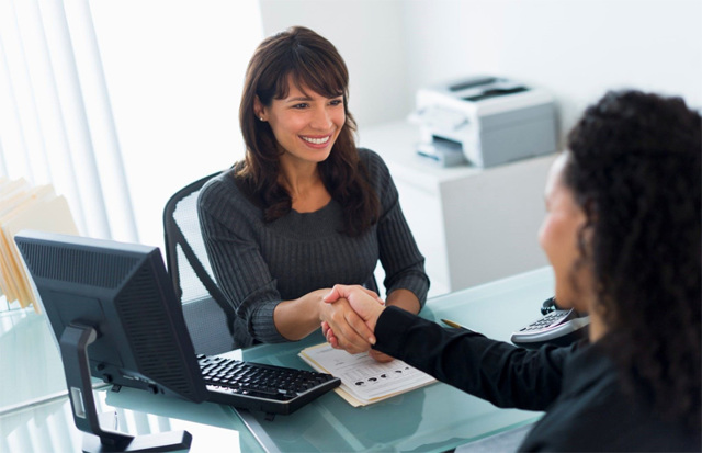 Как осуществить перевод работника на другую должность или организацию по инициативе работодателя: правильное оформление уведомления и остальных документов