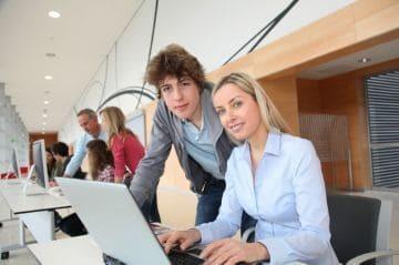 Запись в трудовой книжке по совместительству, как сделать: работа по внешнему и внутреннему совмещению, образец и примеры внесения записи
