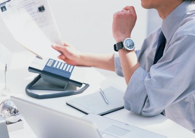 Журнал учета полученных и выставленных счетов-фактур: кто сдает, для кого отменен и не заполняется, правила ведения регистрации выданных документов, пример