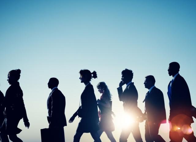Премирование сотрудников: что это такое, классификация поощрений за труд, их размер, условия получения и документальное оформление