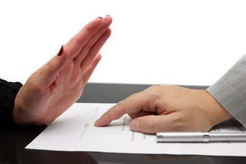 Уведомление о расторжении договора на оказание услуг: образец письма, как составить, для чего, кому и каким образом вручить.