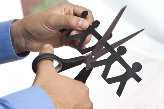 Расторжение срочного трудового договора по и до истечения срока