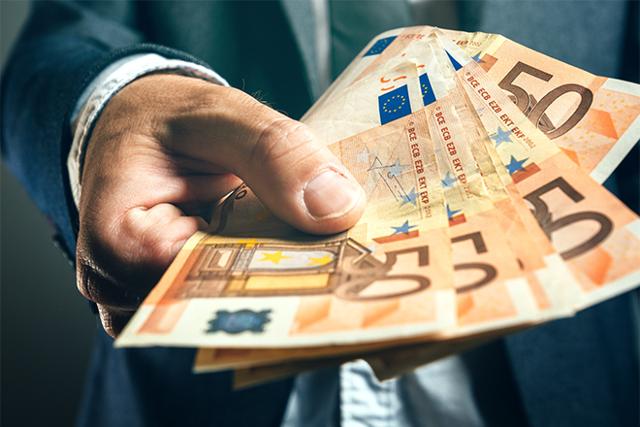 Репатриация валютной выручки: что это такое, как происходит, когда можно не делать и какие штрафы предусмотрены за нарушение сроков и требований?