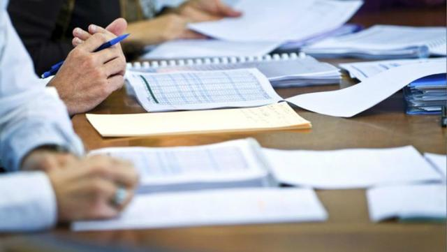 Образец служебной записки на списание материальных ценностей: как правильно написать документ для ликвидации дебиторской задолженности, основных средств, ТМЦ?