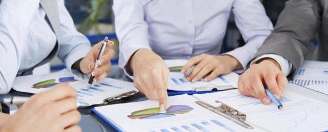 Как продать товар на собеседовании - ручку, карандаш, кулер, скотч, телефон, песок в пустыне, видео и пример диалога продажи