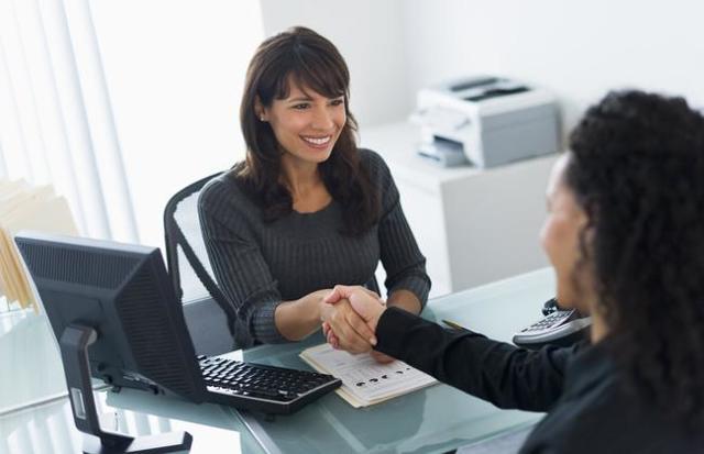 Как происходит прием на работу: что нужно учесть работодателю и сотруднику, когда необходим сначала медосмотр, а когда требуется соглашение о неразглашении тайны