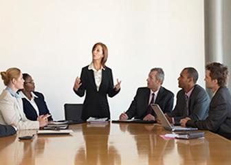 Отрицательная характеристика с места работы: образец негативного отзыва на плохого работника, пример составления, а также применение этого документа для суда