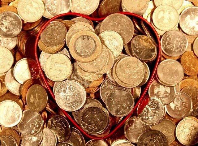 Премия: метод вознаграждения работников предприятия, система мотивации персонала в виде дополнительной надбавки как процент к заработной плате, а также стимулирующая выплата для поощрения труда сотрудников