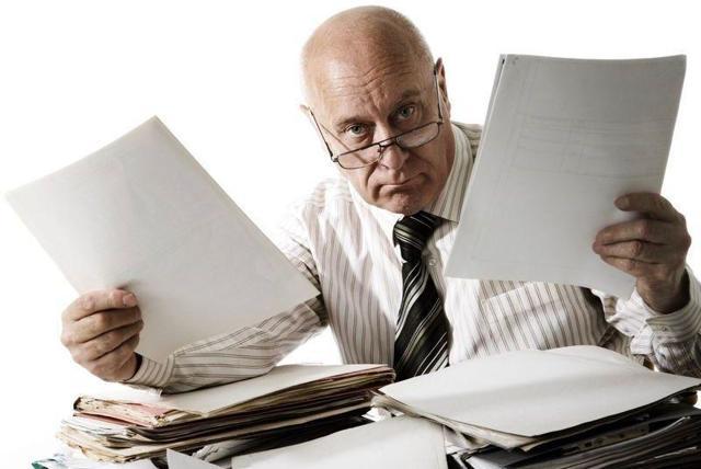 Оформление служебной записки и его образец: как правильно оформить данный документ, каковы требования (правила) ГОСТа по его составлению и где найти пример правильного заполнения служебной записки?