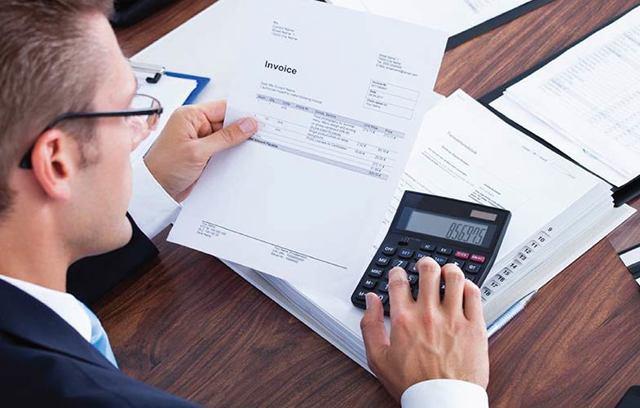 Счет-фактура инвойс — что это такое: описание, отличия, образец документа, в том числе на английском языке, а также когда необходим, как выставляется и проверяется?
