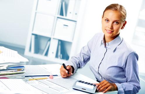 Внесение изменений в штатное расписание в должности и единицы ставок: в связи с чем это необходимо, каков порядок действий, образец уведомления и других документов