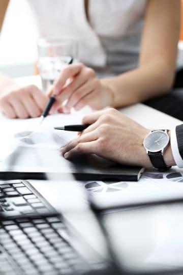 Где скачать образец договора о полной материальной ответственности работника склада или кладовщика: как составить документ?