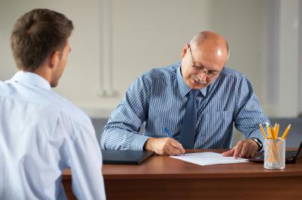 Интервью или идеальное собеседование - чем отличаются и что эффективнее, виды: вводное ориентационное, техническое, электронное, письменное, нестандартное, профессиональное, устное, личное, правильное, открытое